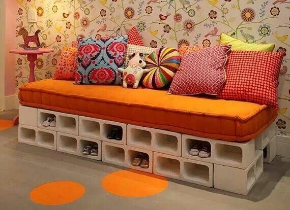 comment cr er une d co originale moindre frais le parpaing architecture interieure conseil. Black Bedroom Furniture Sets. Home Design Ideas