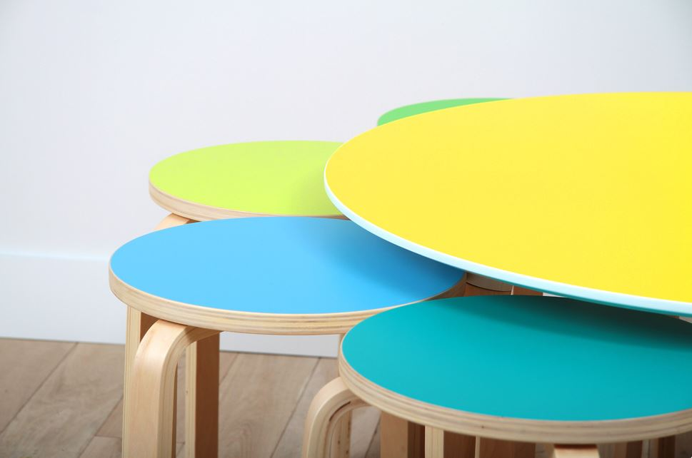 table couleur IKEA