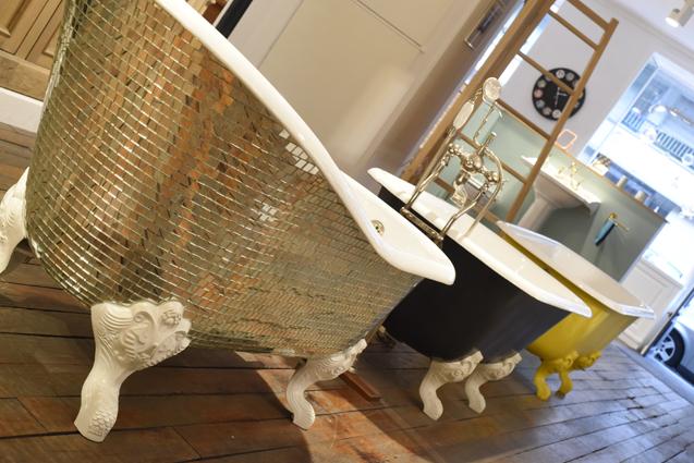 trois-baignoires